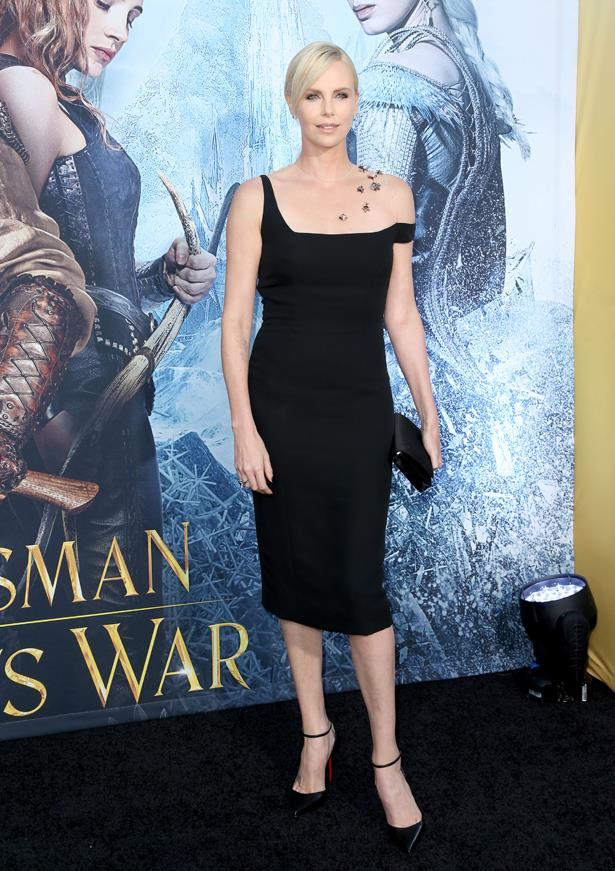 Charlize Theron's latest <em>Huntsman</em> premiere dress had us buggin'.