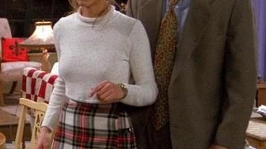 30 Outfits That Prove Rachel Green Was The Ultimate '90s Fashion Muse