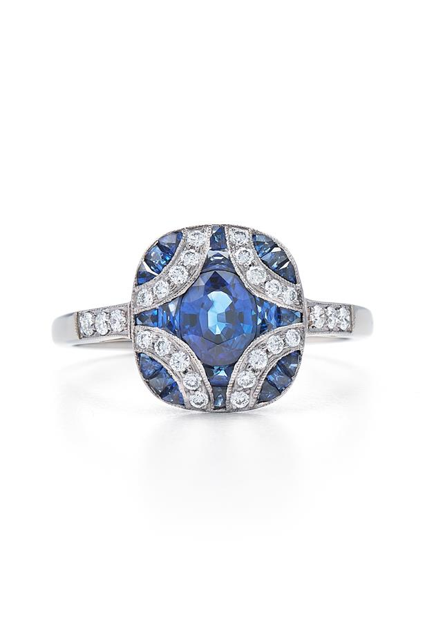 """Small Argyle Ring with Sapphires and Diamonds, AUD $6740 at [KWAIT](https://fave.co/37DrIfh