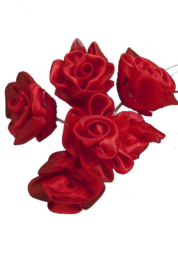 """<a href=""""https://www.lincraft.com.au/flower-rose-059102"""">Roses, $3.49, Lincraft at lincraft.com.au</a>"""