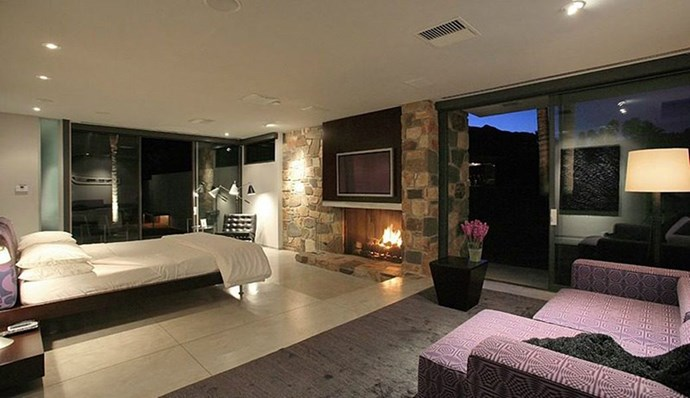 "Leonardo DiCaprio, via <a href=""http://houseandhome.com/gallery/rent-leonardo-dicaprios-luxurious-palm-springs-vacation-home/"">House and Home</a>."