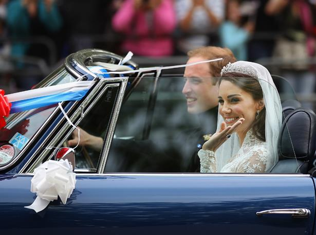 That time Kate and Wills went over the traditional carriage and just went with a vintage sportscar.
