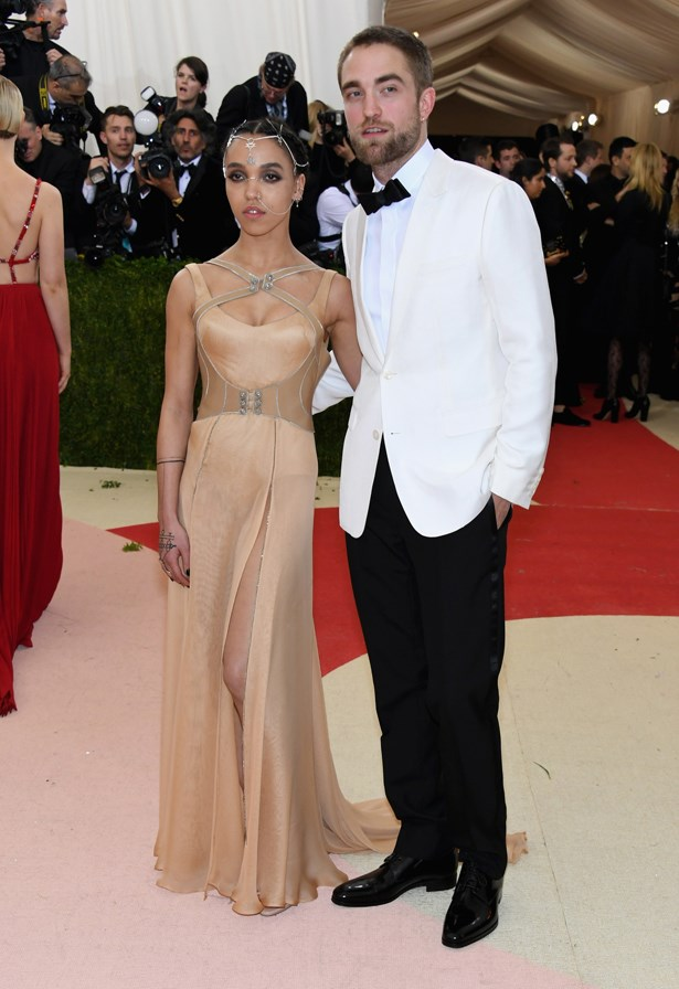 FKA Twigs and Robert Pattinson.