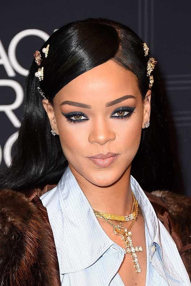 Rihanna attends the 2016 BET Black Girls Rock! Awards