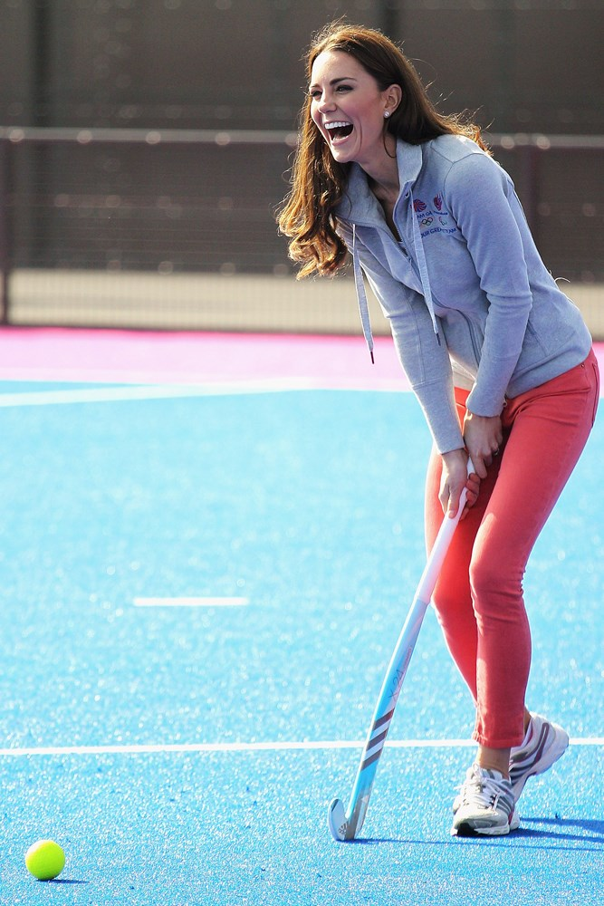 Kate and her immaculate blowdry are also fond of a spot of hockey.