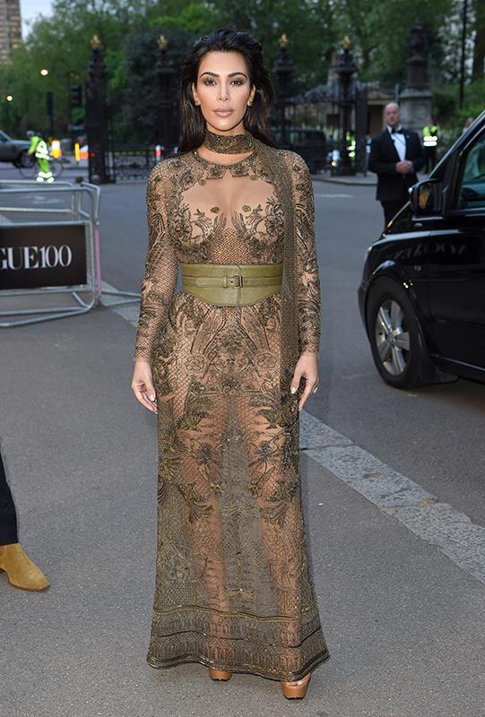 Kim Kardashian steals the show at Vogue 100 gala dinner in