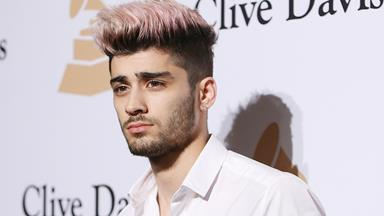 Zayn Malik's Shoes In This Hiking Photo Are Very Confusing