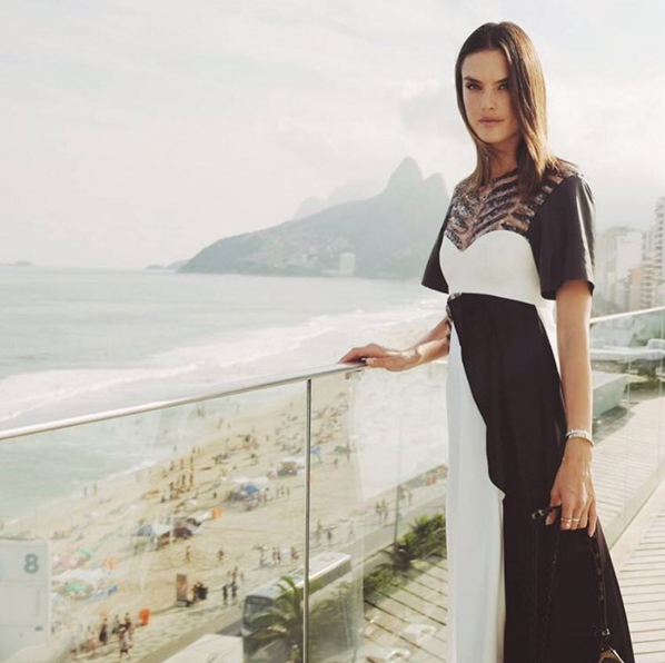 "<strong>As well as Alessandro Ambrosio</strong> <br><br> Instagram: <a href=""https://www.instagram.com/p/BF9iR3AKbu8/"">@alessandraambrosio </a>"