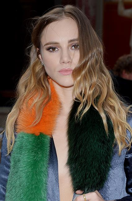 <strong>Hack #3: Give fine hair a drink.</strong><br><br> Suki Waterhouse basically broke the internet when she confessed to using Coca Cola in place of shampoo to sort out her limp hair problems. Obviously it worked as she's always the picture of tousled tresses IRL.