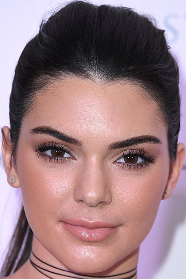 Kendall shows us all why she's the face (and brows!) of Estée Lauder at the Kendall + Kylie Collection launch at Nordstrom.