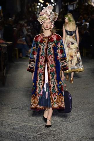Dolce & Gabbana Alta Moda Fall 2016 Haute Couture