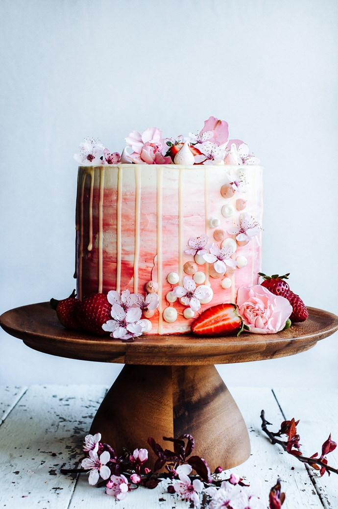 "<p><a href=""null""></a> DRIP DROP<p> <p> It may be a little detail, but it definitely packs a punch. Bakers are using coloured chocolate to get arty in the drop department.<p> <p> <a href=""http://www.hintofvanillablog.com/"">Hint Of Vanilla</a>."