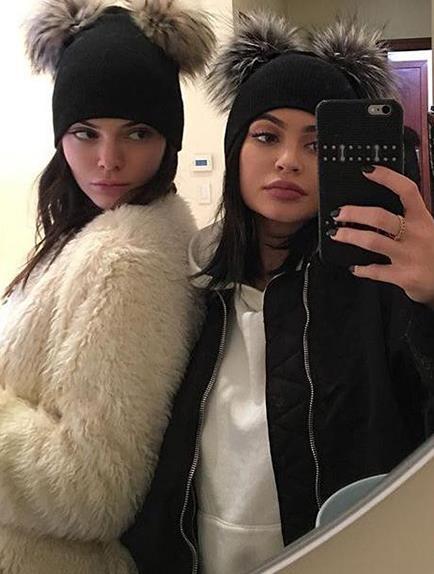 Kendall Kylie Jenner Winter Hat Selfie