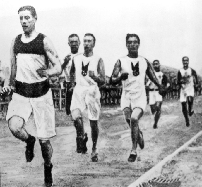 <P> <strong>1904, ST LOUIS: I WOULD'VE WON THE RACE, BUT THE CAR BROKE DOWN</strong><p> <p> You think he would've learned from that guy in 1896, but...nope. In 1904, American marathon runner Fred Lorz stopped running after nine miles and hopped in his manager's car to be driven for the next ELEVEN miles. The car broke down a few miles short of the finish line so Lorz walked the rest of the way to the stadium, prompting people who saw him arrive on foot to greet him as the victor. Rather than keep the charade up too long, he admitted that he wasn't really the winner before he was found out...but not before indulging it for a little.