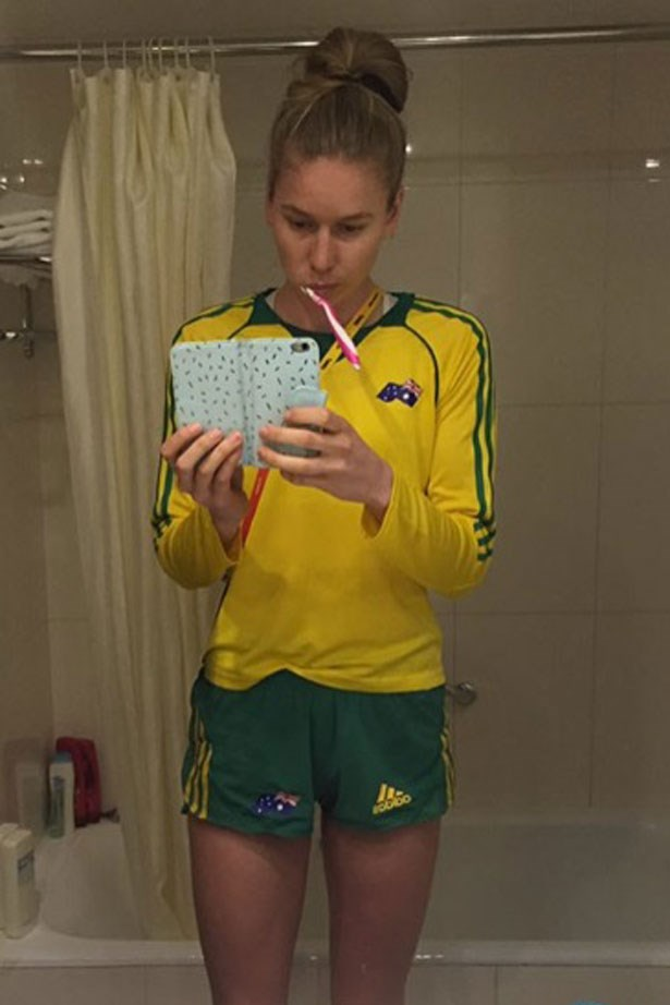 <p><strong>Eleanor Patterson - High jump</strong></p> <p>@eleanorpatterson</p> <p>Also a Swisse Olympic Ambassador, Eleanor currently holds the joint title of world youth best for high jump. Not bad for a 17-year-old from country Victoria. Her page offers a glimpse into the life of a young athlete, so you can see Eleanor live out all your teenage Olympian dreams.</p>