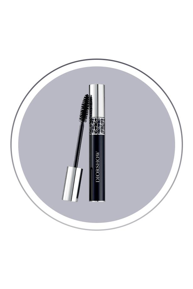 """<p> The Product: <a href=""""http://www.sephora.com/diorshow-mascara-P396240"""">Dior 'Diorshow' Mascara</a>.<p> <p> The Hype: A make up-addict favourite, this blacker-than-black mascara makes your lashes look thicker, longer and more voluminous."""
