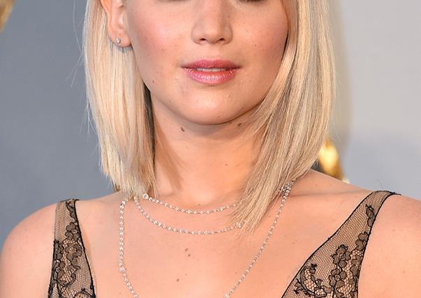 Jennifer Lawrence at 2016 Oscars
