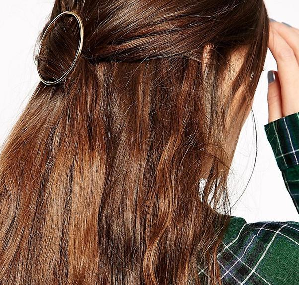 ASOS Hair accessory.