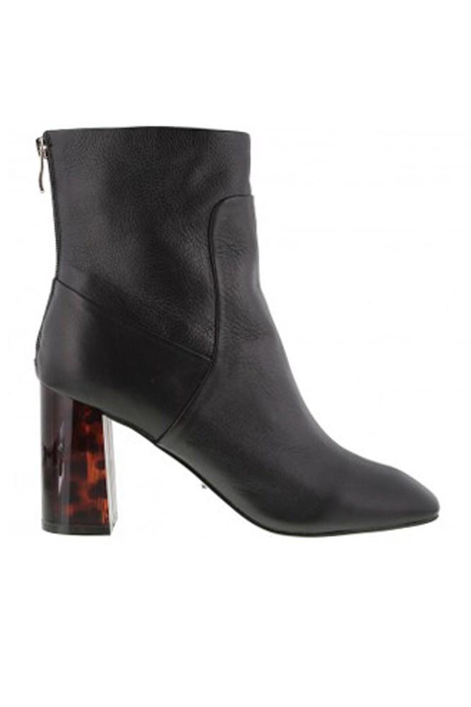 "<a href=""http://www.tonybianco.com.au/oskar-black-luxe-tort.html#"">Boots, $249.95, Tony Bianco</a>"
