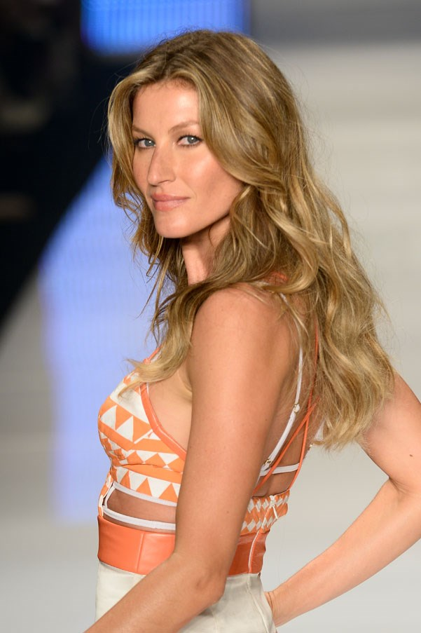 <strong>Gisele Bündchen</strong> <br><br> Bündchen was discovered while shopping in Sao Paolo, Brazil and eating a Big Mac no less.