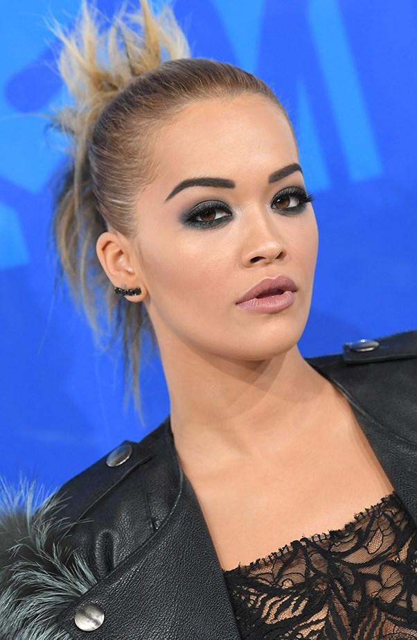 <p>Rita Ora made it all about her smokey eyes.