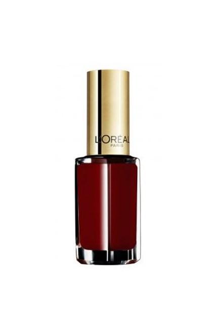 """Colour Riche Le Vernis in Scarlet Vamp, $7.95, <a href=""""https://www.priceline.com.au/l-oreal-paris-colour-riche-le-vernis-5-ml"""" target=""""_blank"""">L'Oréal Paris at priceline.com.au</a>."""