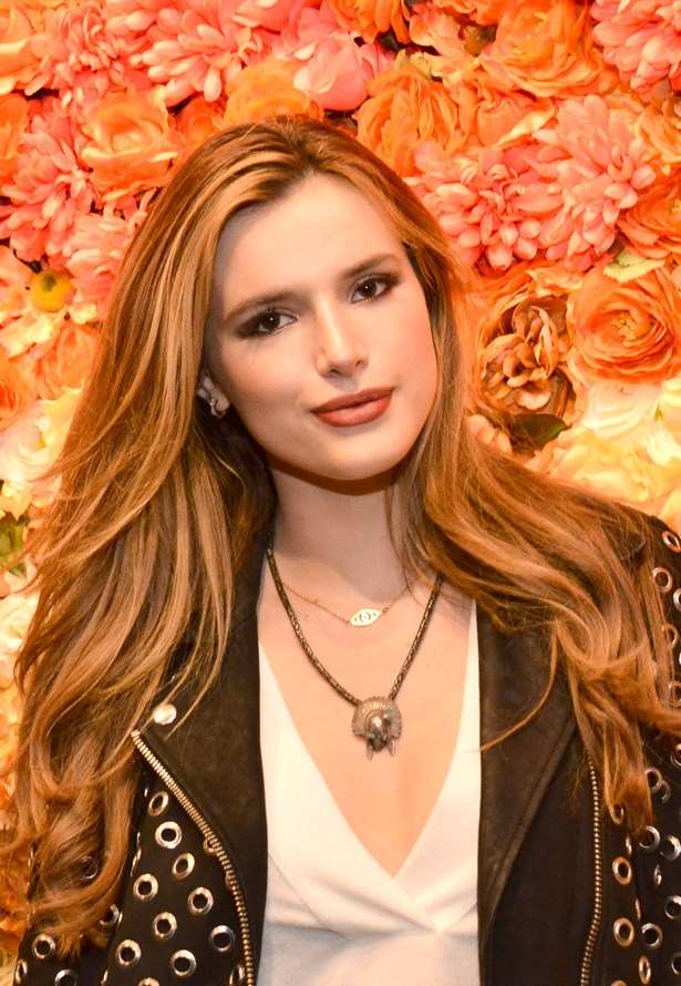 <p>FOR THOSE THINKING OF GOING LONG<p> <p> Bella Thorne.