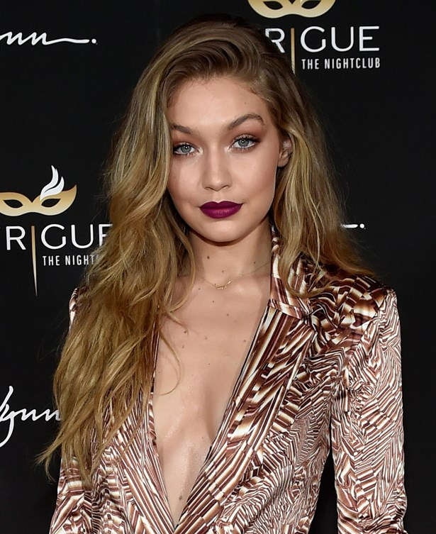 <p>FOR THOSE THINKING OF GOING LONG<p> <p> Gigi Hadid.