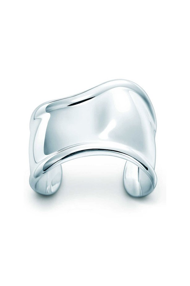 "<p>Don't tussle with fiddley jewellery when facing the metal detectors, go for something sleek, bold and, most importantly, easy to remove.<p><br> <a href=""http://www.tiffany.com.au/jewelry/bracelets/elsa-peretti-bone-cuff-10659043?fromGrid=1&search_params=p+1-n+10000-c+288187-s+5-r+-t+-ni+1-x+-lr+-hr+-ri+-mi+-pp+641+38&search=0&origin=browse&searchkeyword=&trackpdp=bg&fromcid=288187&trackgridpos=16"">Cuff, $1,650, Elsa Peretti for Tiffany & Co</a>."