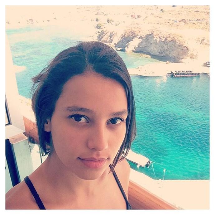 "<p>Vitoria Triboni <p><a href=""https://www.instagram.com/vitoria_triboni/"">Instagram.com/vitoria_triboni</a>"