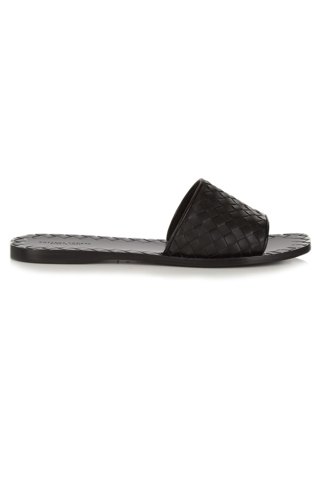 "<a href=""http://www.matchesfashion.com/au/products/Bottega-Veneta-Intrecciato-leather-slides-1053751"">Slides, $702, Bottega Veneta at matchesfashion.com</a>"