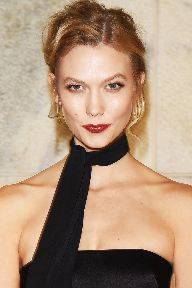 <strong>Karlie Kloss</strong><br> At the age of 13, Kloss was spotted in a charity fashion show at a Missouri shopping centre.