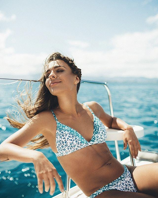 """<p>Label: Peony <p>Instagram handle: <a href=""""https://www.instagram.com/peonyswimwear/"""">@peonyswimwear</a> <p>Swimwear style: Classic shapes, girly colours and textures, and fun, flirty prints."""