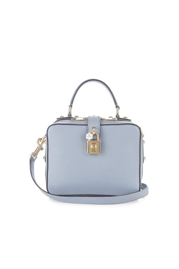 "<p> <a href=""http://www.matchesfashion.com/au/products/Dolce-%26-Gabbana-Dolce-Soft-leather-box-bag-1069323"">Bag, $2429, Dolce & Gabbana at matchesfashion.com</a>"