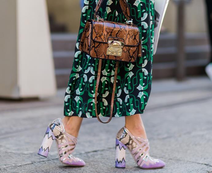 isabelle cornish mbfwa sydney 2016 street style miu miu skirt shoes