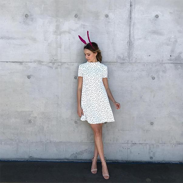 """<p>For Epsom Day at Randwick Racecourse, Rachael Finch wore a Cue dress, Nerida Winter headpiece and Tony Bianco shoes. <p><a href=""""https://www.instagram.com/p/BLAQZ51j3yR/"""">Instagram.com/rachael_finch</a>"""