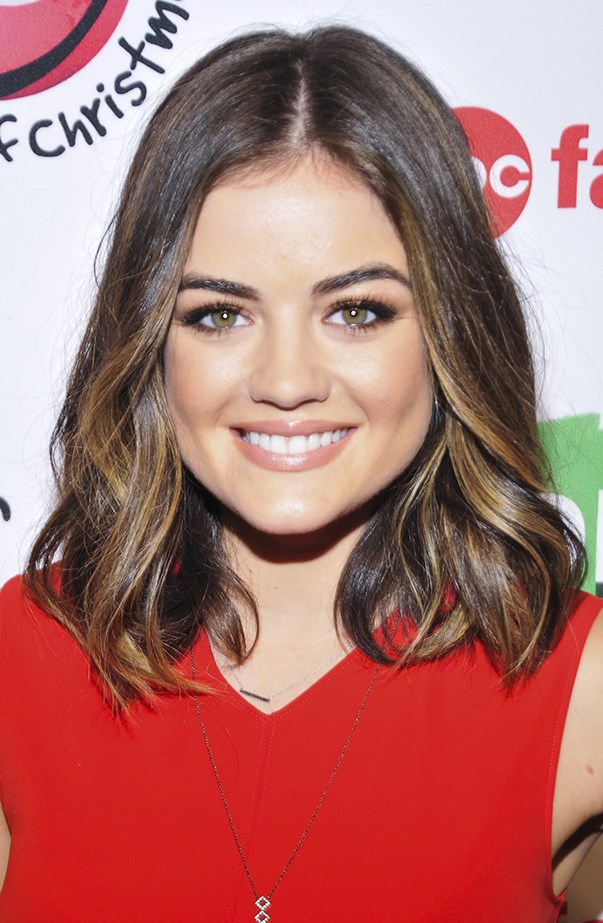 <p>Mid-length hair with highlights suits Lucy just fine.