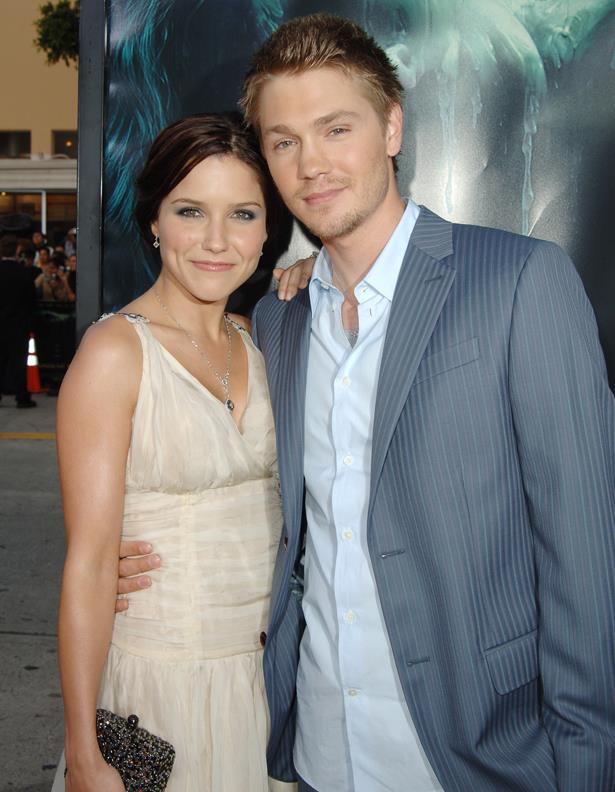 "<p> Chad Michael Murray and Sophia Bush<p> <p> Sophia and Chad met whilst filming <em>One Tree Hill</em>, quickly became engaged, and then divorced after five months of marriage. The two, although frosty, continued to work together on <em>One Tree Hill</em> for a further seven years. Speaking of her short marriage, <a href=""http://www.bravotv.com/watch-what-happens-live"">she said</a>, ""We were two stupid kids who had no business being in a relationship in the first place. To all the other co-stars who've worked it out, more power to you."""