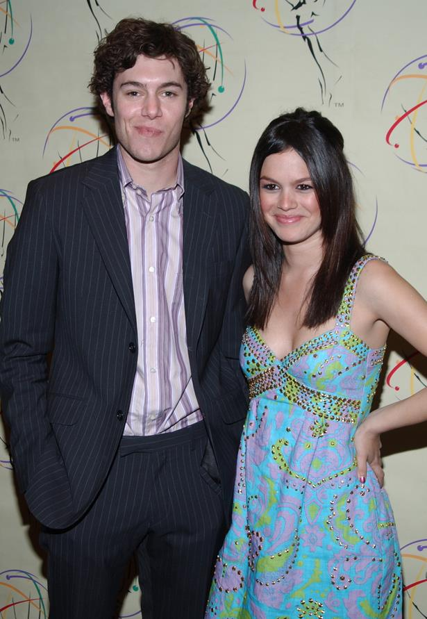 <p> Rachel Bilson and Adam Brody <p> Rachel and Adam, aka Summer Roberts and Seth Cohen, dated for three years while filming <em>The O.C.</em> The two ended their relationship but still worked together for the rest of the show, which ended up with their two characters [spoilers] getting married. Rachel is now married to Hayden Christensen, whilst Adam is married to Leighton Meester.