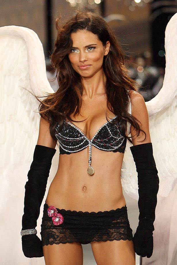 <p> <strong>The Year:</strong> 2008.<p> <P> <strong>The Bra:</strong> The 'Black Diamond' Fantasy Bra featured 117 diamonds and 34 rubies and was worth $6.5 million.<p> <p> <strong>The Wearer:</strong> Adriana Lima.<p>