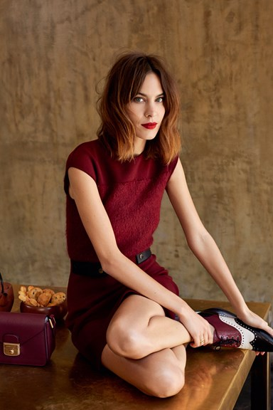 ELLE Interview: Alexa Chung On Her Personal Style And Social Media Strategy