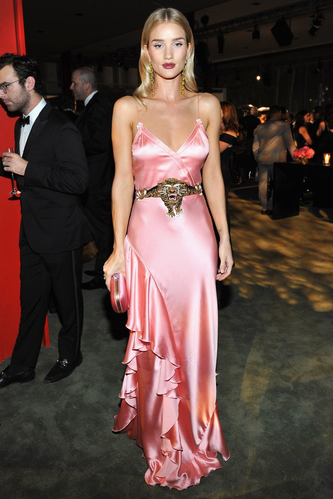 rosie huntington-whiteley in gucci at lacma gala