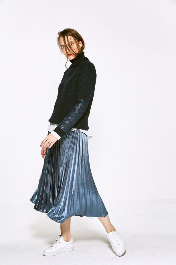 "<p> <a href=""http://www.fewmoda.com/"">Few Moda</a><p> <p> Scrolling Few Moda's site feels a little like walking through Zara. Why? Because there is something for everyone. From pleated metallic midis to cold-shoulder shirts, each item is finished with that signature high-fashion twist that we know and love."