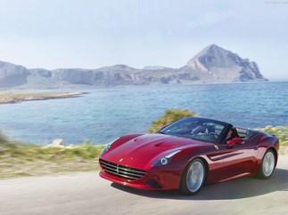 Ferrari California T Audrey Hepburn