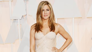 jennifer aniston friends reruns