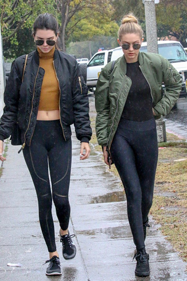 <strong>Bomber jacket and aviator twins</strong><br><br> Strolling in Los Angeles on December 22, 2016.