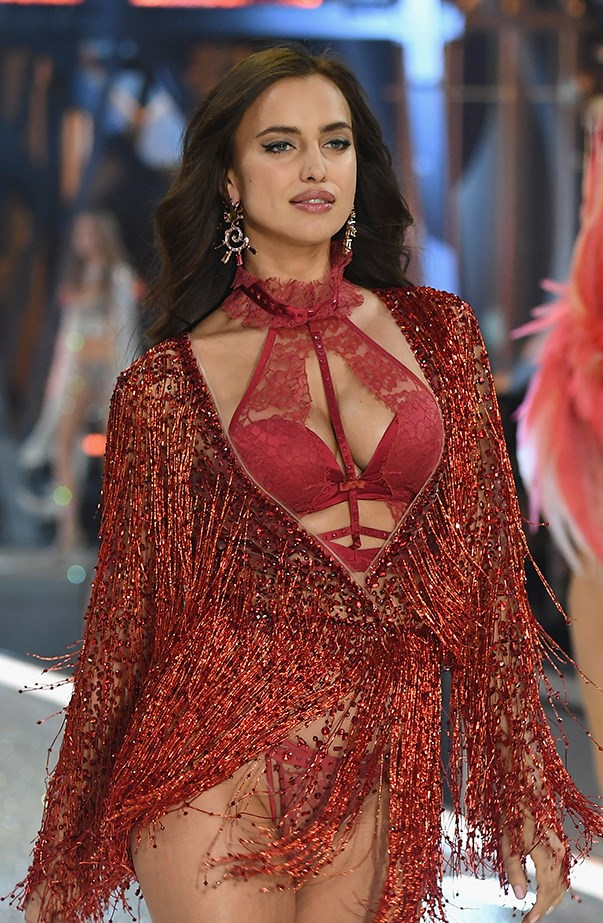 Irina Shayk Pregnant Victoria's Secret Fashion Show 2016