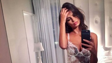 Emily Ratajkowski Takes One Of Her Sexiest Lingerie Selfies Ever