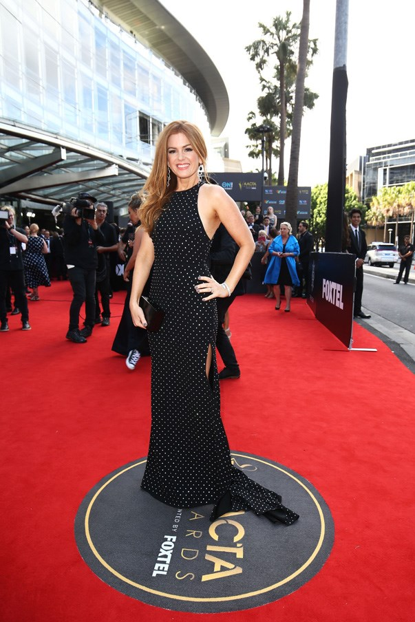 <p>Isla Fisher in Alex Perry.