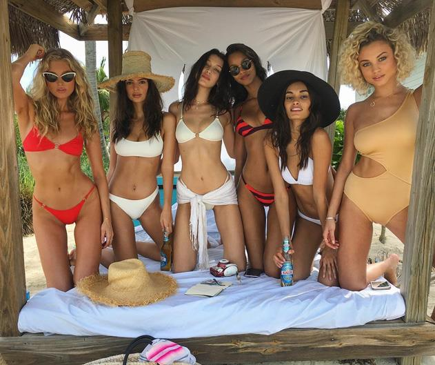Models Emily Ratajkowski, Bella Hadid, Hailey Baldwin, Lais Ribeiro, Elsa Hosk and Gizele Oliveira have taken to the Bahamas for a pre-Christmas holiday. <br><BR> Here, the best snaps from their trip.